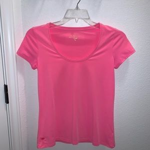 Pink Lilly Pulitzer small tee